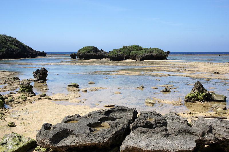 File:Hoshizuna-no-hama Iriomote Island08bs3s4350.jpg