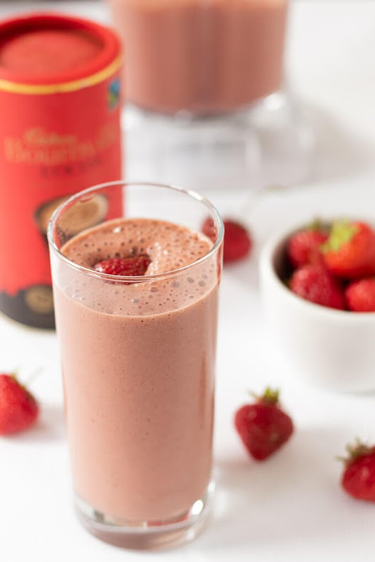 Easy Chocolate Strawberry Smoothie - Neils Healthy Meals