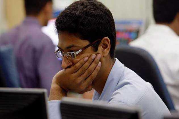 सेंसेक्स 67 अंक गिरकर 32802 के स्तर पर बंद, मेटल शेयरों में दिखी मुनाफावसूली