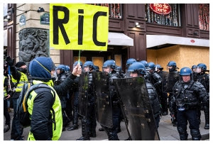 csm_Gilets-jaunes-Referendum-RIC-AFP-KarinePierre-HansLucas_4147874b85.jpg