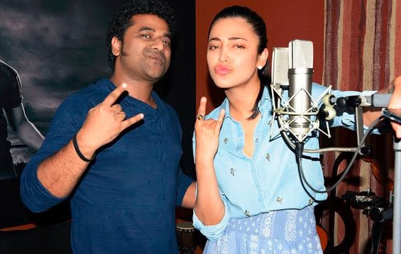 Shrutihassan Sings For Puli