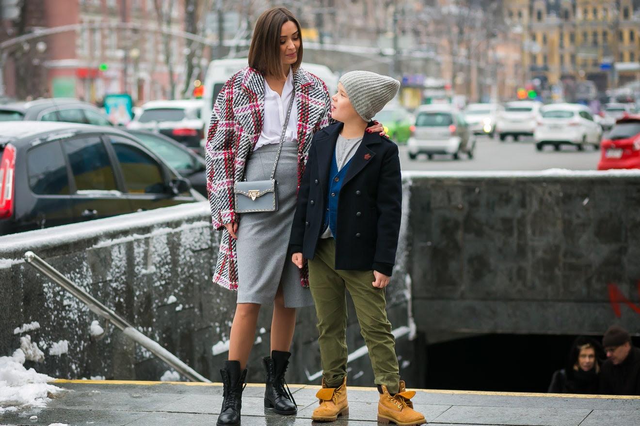 http://assets.vogue.com/photos/589a08883decdb1c740dc828/master/w_1320,c_limit/03-mommy-me-style-kiev-style-du-monde.jpg