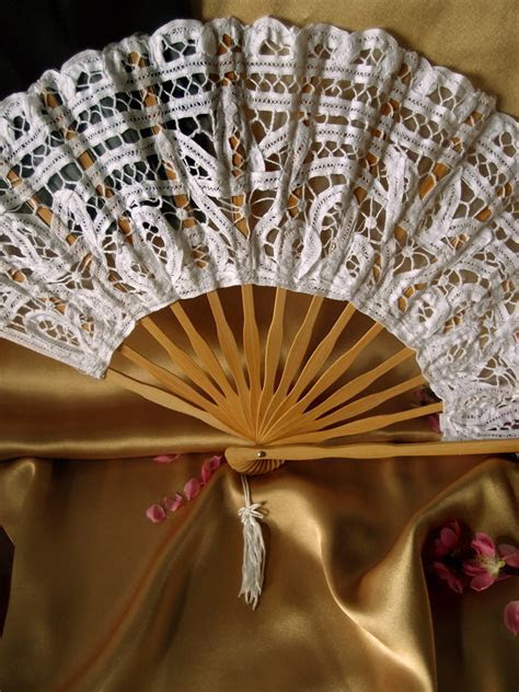 "11"" Beige / Ivory Lace Hand Fan for Weddings"