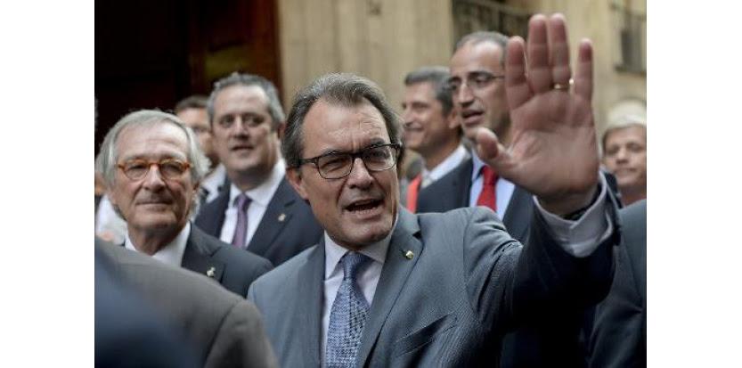 Thumbnail for Catalogne: le président Mas convoque un référendum sur l'indépendance, défiant Madrid