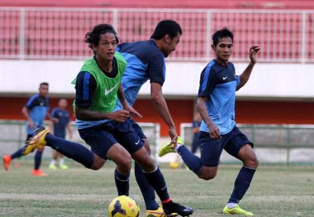 Berikut 35 Nama Pemain Timnas Indonesia Untuk Piala AFF 2014  Goal.com