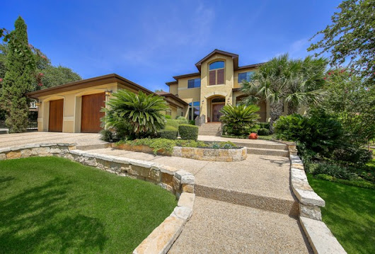 Custom San Antonio home that looks 'over $1 million' listed below $700,000 in Rogers Ranch