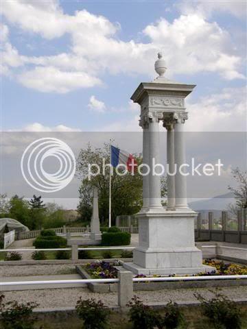 http://i698.photobucket.com/albums/vv348/volan-sko/611Small.jpg?t=1242385407