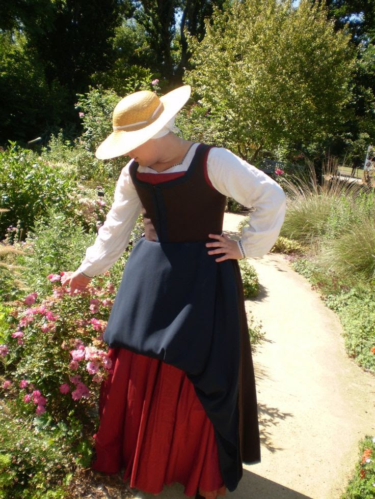 Ren Faire inspiration... for when I get tired of Sr. Philippa.