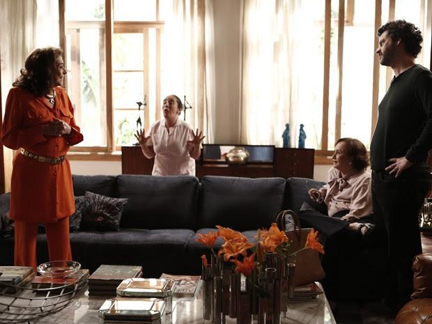Ricardo se surpreende com a notícia de Madalena (Foto: Inácio Moraes/Gshow)