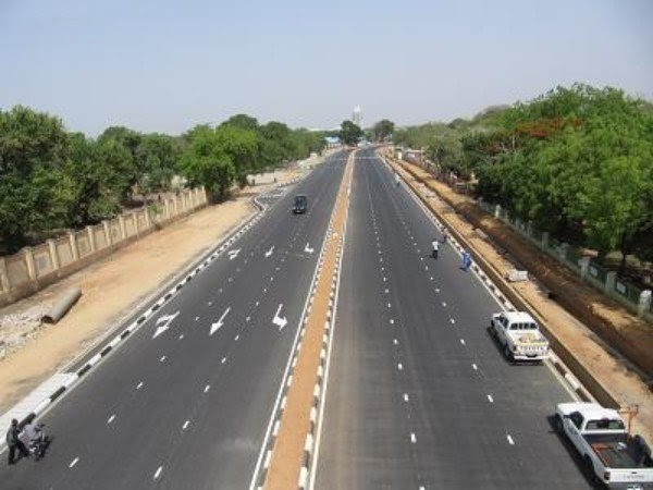 FG Flags-Off Reconstruction Of N3.6bn Lagos-Badagry