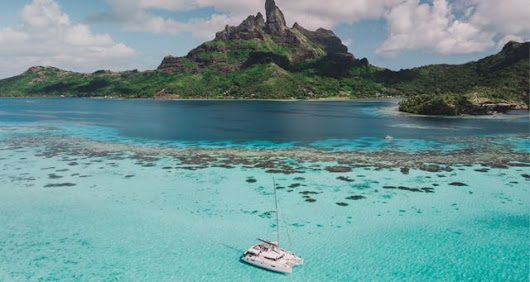Introduction to the South Pacific Adventure Known as French Polynesia - Image Curve