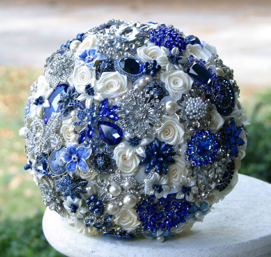 Wedding Bouquets With Blue Flowers: Bridal Style And Wedding Ideas: Perfect Royal Blue Wedding