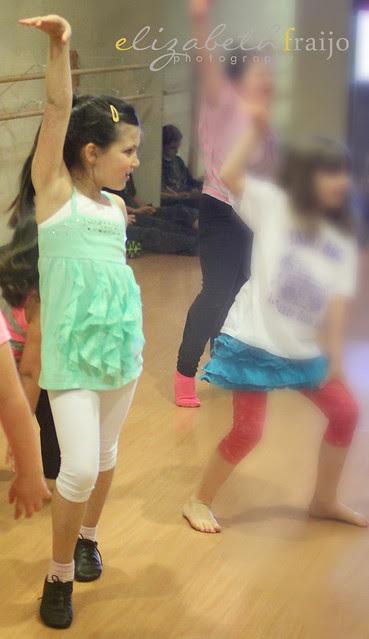Dance02W
