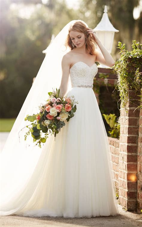 Sparkly Tulle Wedding Separates   Martina Liana Wedding
