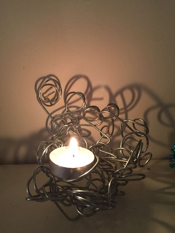 Quirky Wired Tea Light Holder.