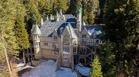 Castle in the Forest   Pasadena, CA   Wedding Venue