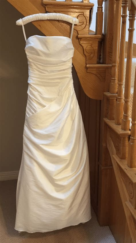 Estes strapless ivory gown   Sell My Wedding Dress Online