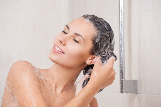 Washing Thinning Hair | Shampooing and Conditioning | Hair Loss In Women