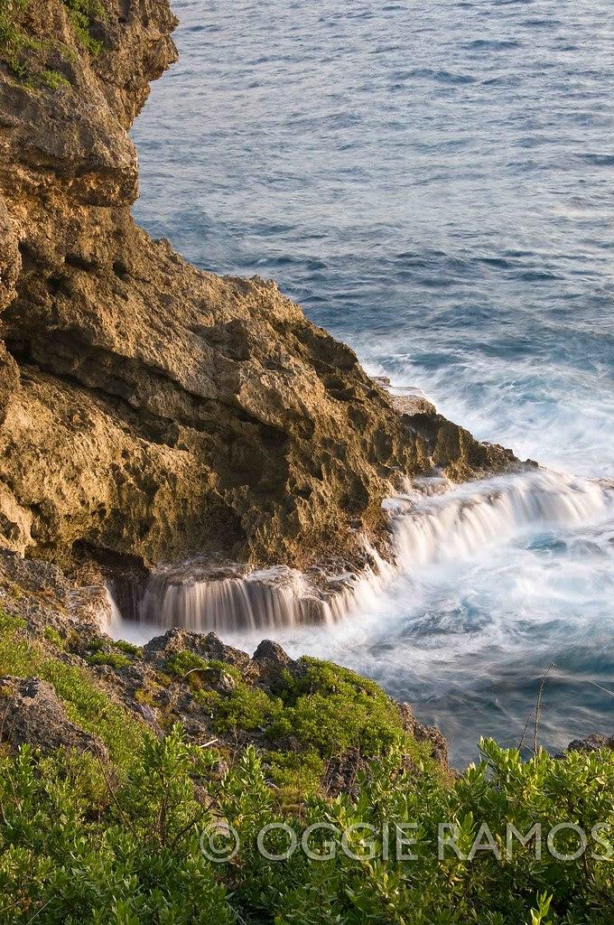 Batanes Itbayat Pagganaman Crashing Waves