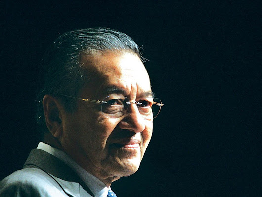 Mahathir ~ 'Senile Old Man?' Do they dare to debate him?