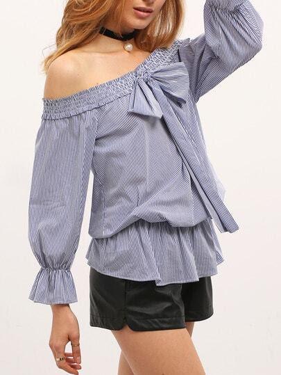 Blusa hombro al aire rayas -azul fotos