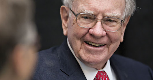 4 public speaking lessons that changed Warren Buffett's life