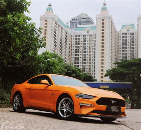 review ford mustang gt