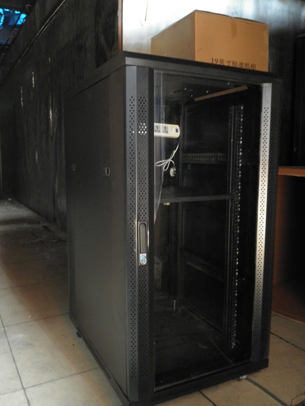 Buy a dedicated server box d