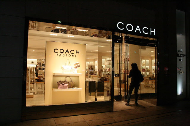 A Coach premium outlet right there on the ground floor of the hotel