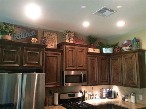 kitchen cabinets decor   decorating