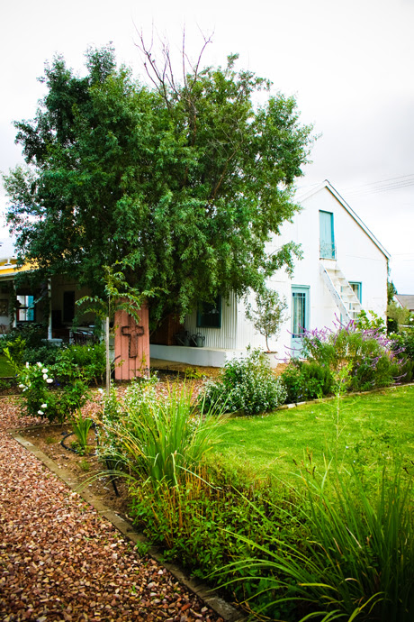 The Tin House, Riebeek Kasteel