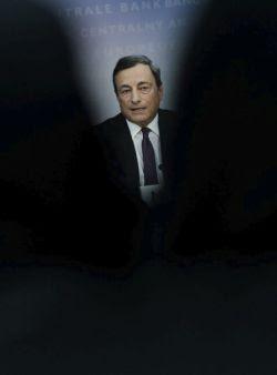 El presidente del Banco Central Europeo (BCE), Mario Draghi. FRANK RUMPENHORST (EFE)