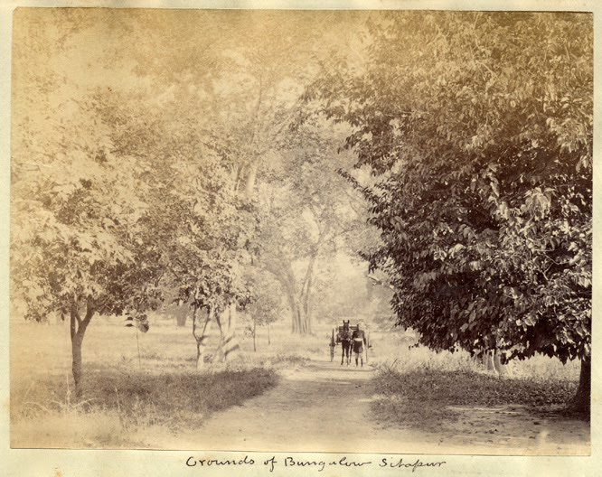 http://www.columbia.edu/itc/mealac/pritchett/00routesdata/1800_1899/britishrule/incountry/sitapur1880s3.jpg