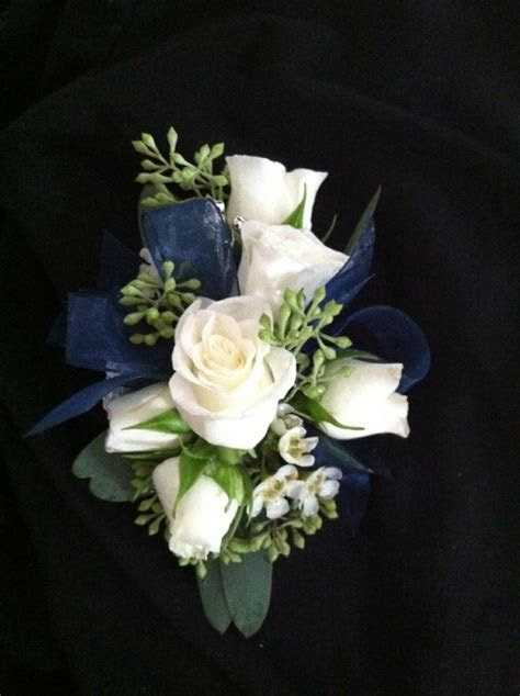 Best 25  Prom corsage and boutonniere ideas on Pinterest