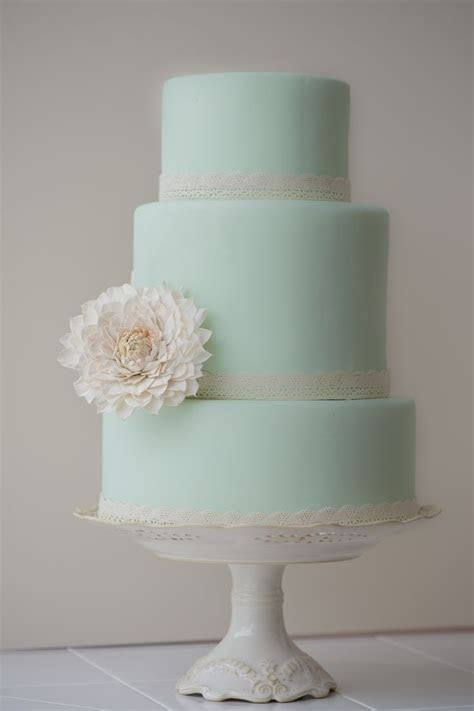 17 Best ideas about Mint Green Cakes on Pinterest   Mint