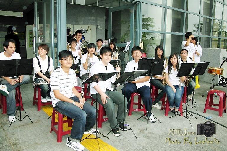 范逸臣演唱會 酷愛樂團 momo親子台