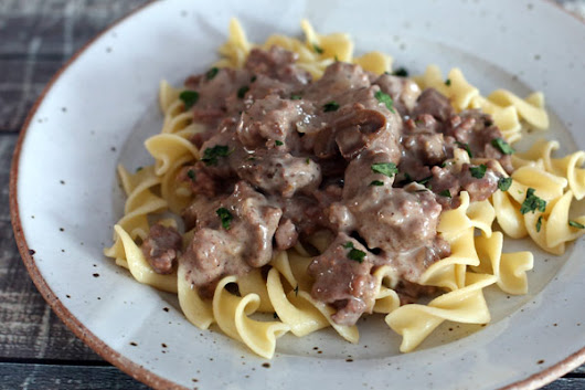 30-Minute Ground Beef Stroganoff