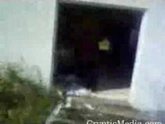 Ghost In An Abandoned House / Captan Fantasma en Casa Abandonada