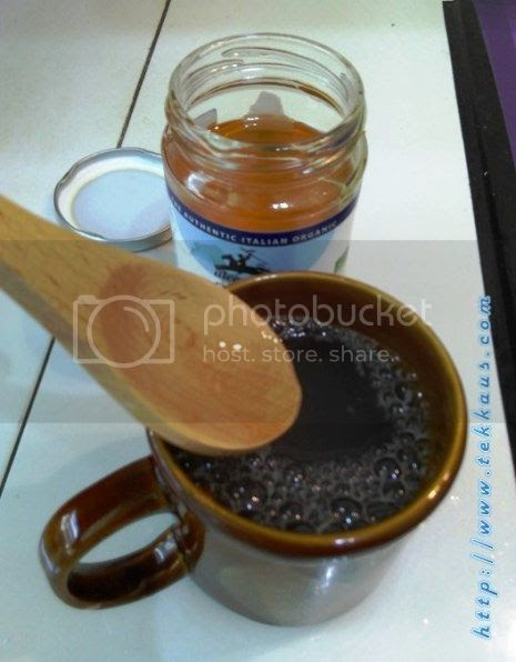photo 07 Honey Lemon Juice For Cough amp Phelgm_zpslayetajw.jpg