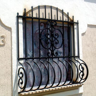 4 Modern Window Grill Designs in 2020: Strong and Safe ...