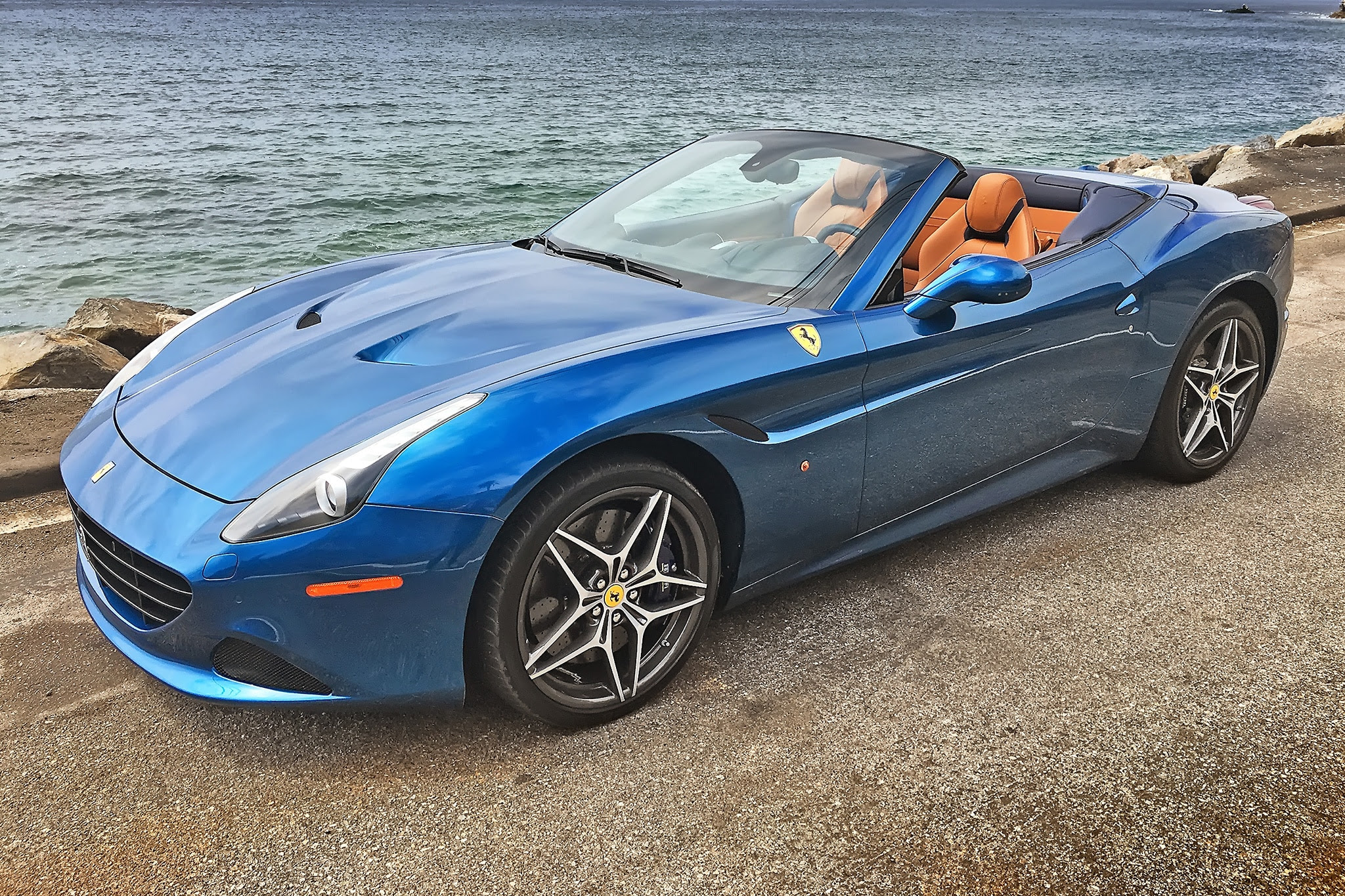 One Weekend With: 2016 Ferrari California T   Automobile ...