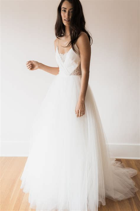 Seattle Trunk Shows ? The Dress Theory