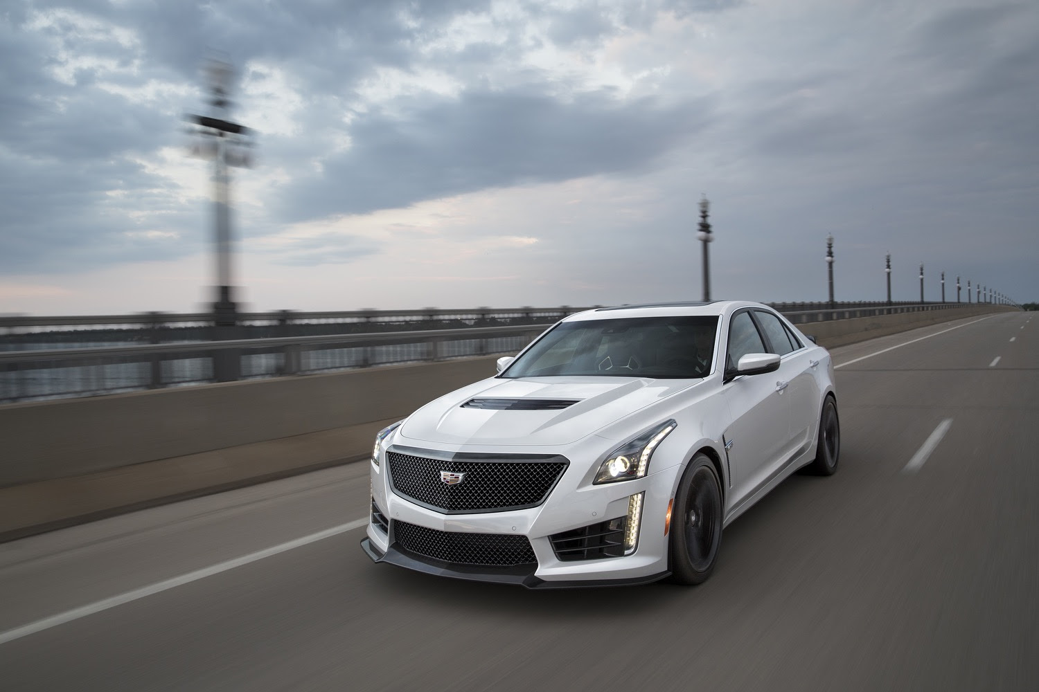 Carbon Black Sport Package Makes Its Way To 2017 CTS-V Sedan