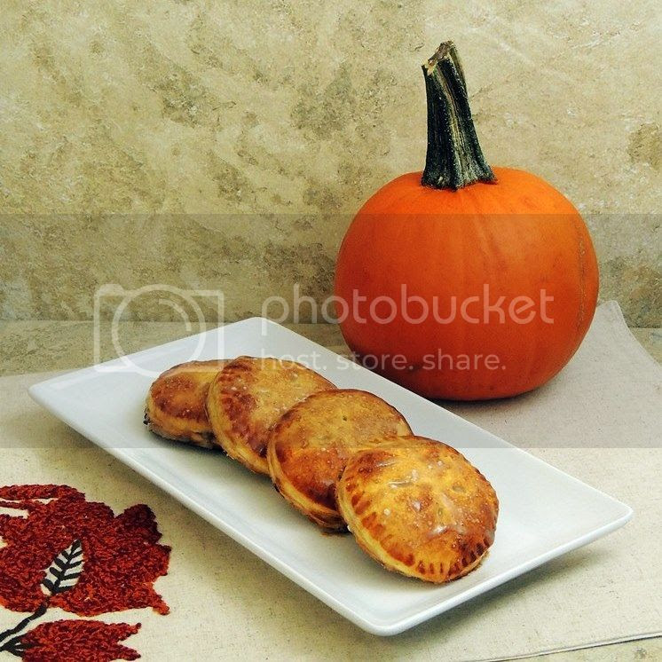 Mini Pumpkin Hand Pies