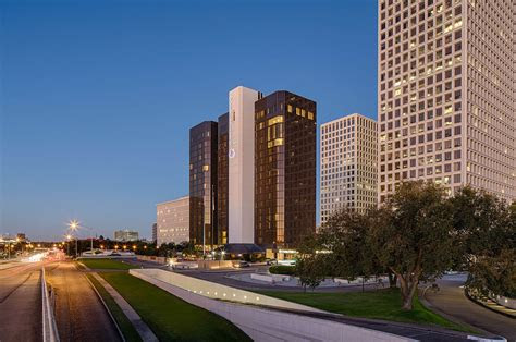 doubletree  hilton houston greenway plaza venues