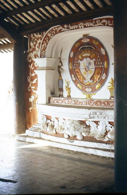 3 Nov 1967,  Temple near airport (Bia trong Lang Cha Ca)