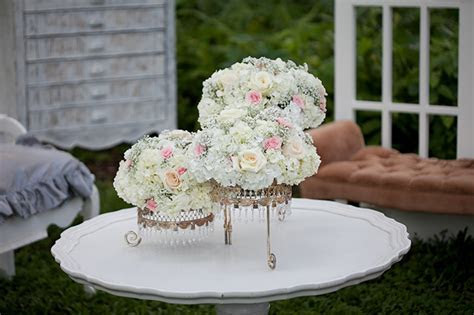 White Shabby Chic Wedding Inspiration
