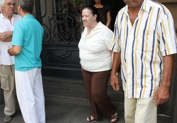Neusa Maria no velório do ator Paulo Goulart (Foto: Celso Tavares/EGO)