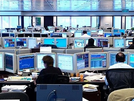 Foreign-Exchage-Trading-Floor