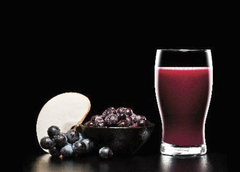 3 Blueberry Beverage Recipes for National Blueberry Month - The Classy Chics